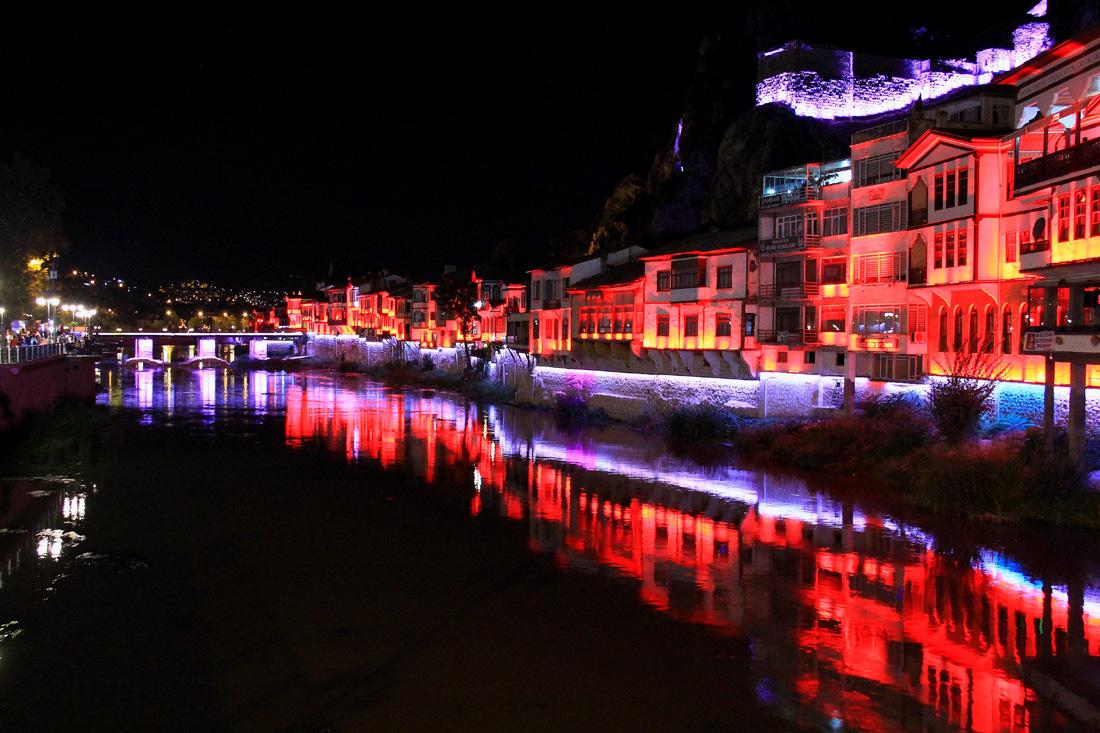 Amasya da gece ışıltısı0428