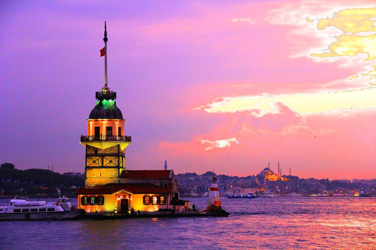 İstanbul kız kulesinde akşamüst0656